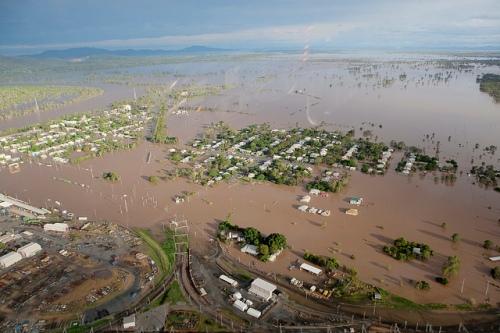 rockhampton floods 2011